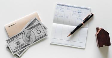 Hogyan lehet dollárt keresni egy hónap alatt.