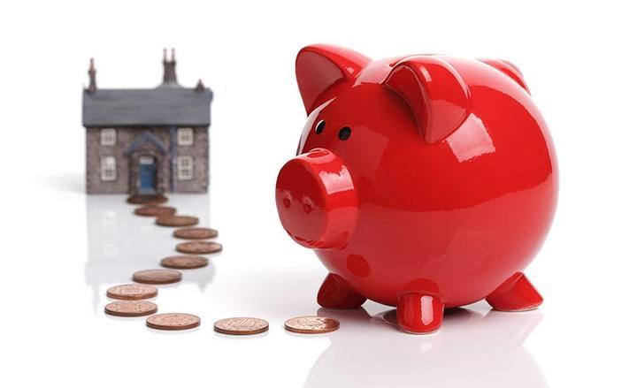 Kiek pinigų reikia pradėti rinkų prekybą – minimalus depozitas