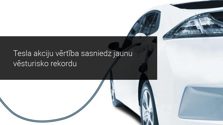 Tesla pārdod pus miljonu jaunu auto 2020. gadā, akciju vertība pieaug