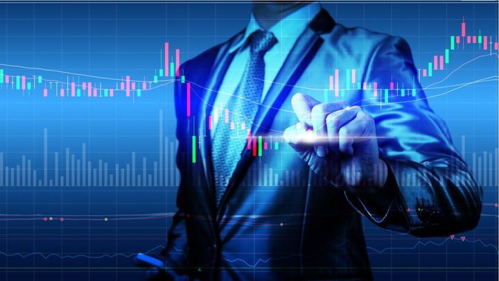 Pinigų investavimas į akcijas 2021 metais