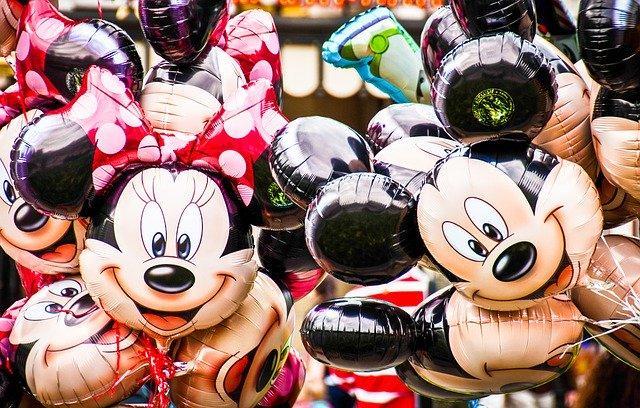 Saham Disney
