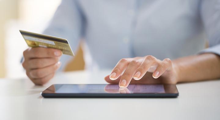 Skrill, Netteller, SOFORT, Banküberweisung & Kreditkarte: Einzahlen mit vielen Wegen!