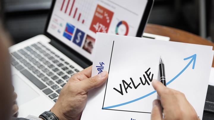 Kas yra vertės investavimas arba vertės akcijos