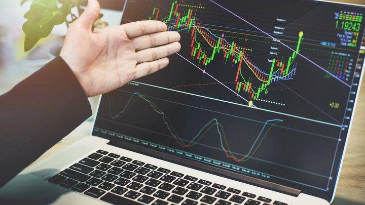 Viss par Forex tehnisko analīzi un cenas grafikiem