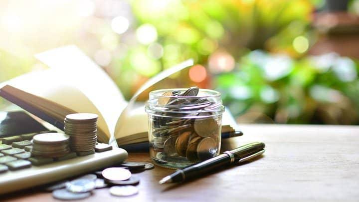 varčevanje ali investiranje