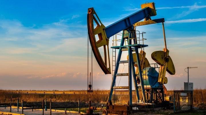 Naftos akcijos – investavimo į naftos bendroves rizika ir nauda