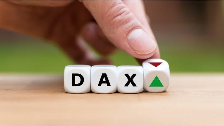 DAX30 держится между 12.500 и 12.800