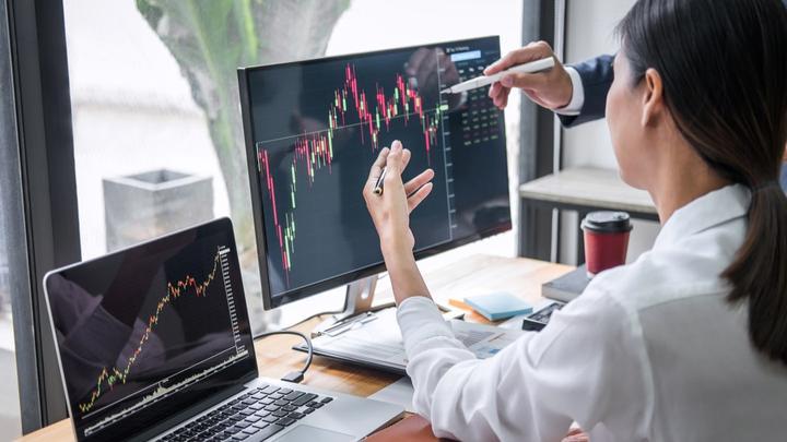 Economic reports in focus