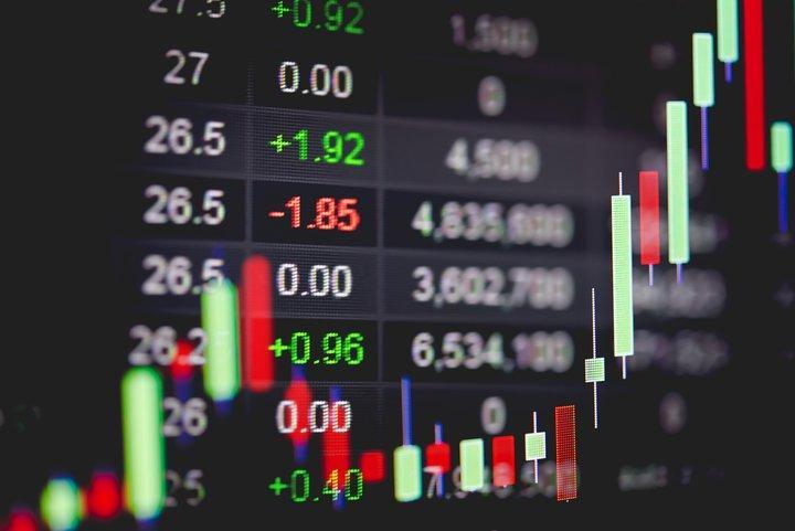 So setzen Sie den Stop Loss ein, um Ihre Verluste im Trading zu minimieren